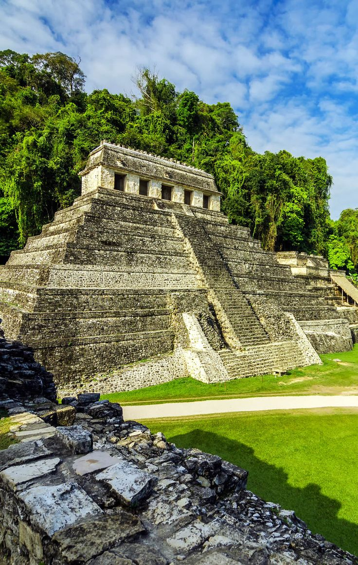 Ancient and amazing Mayan temples in the ruined city of Palenque, Mexico | 10 Useful Things you Must know Before Traveling to Mexico, an Exciting and Challenging Destination