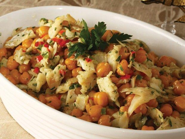 Salada de Grão-De-Bico e Bacalhau | Peixes e frutos do mar > Receitas de Bacalhau | Receitas Gshow