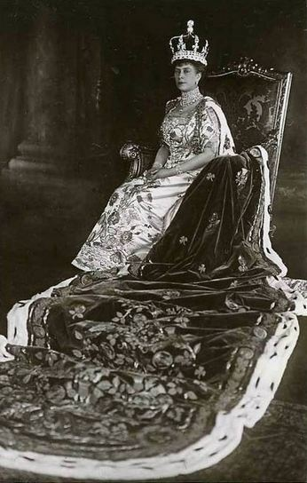 In her coronation robes, Queen Mary