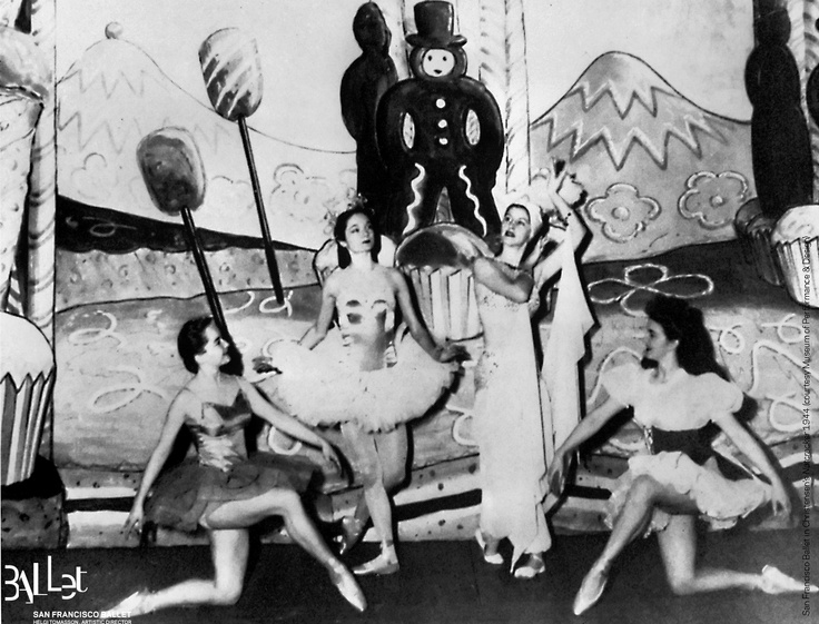 San Francisco Ballet in the first-ever Nutcracker, 1944 (courtesy SF Museum of Performance & Design)