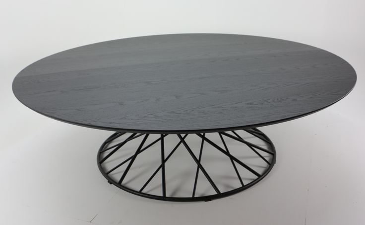 Tafel 360 is an ode to mathematics: the perfectly lasercut tubing powder coated steel hyperboloid structure supports a massive 2 m 40 diametre oak table top. One of the more impressive tables ment to architecturaly impress on an object scale. #tafel#lennartvanuffelen#belgisch#design#maatwerk#furniture#belgiandesign#carpentry#metalwork#interieur#interiordesign#interiorstyle#interiorlovers#interiorarchitecture