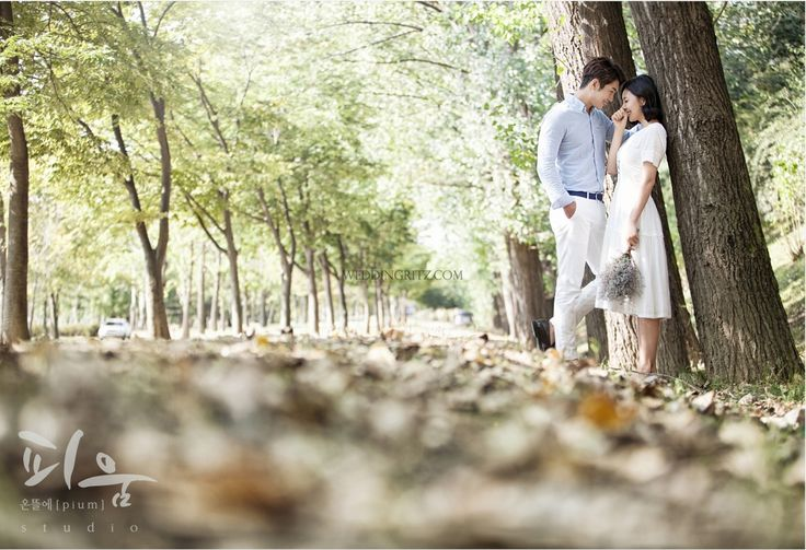 Hello guys. Here are some korea pre-wedding outdoor photoshoots samples of Jade garden, Nami-island, Ansung ranch, Manoo art museum, Sorae wetland, and Eulwangri. The most strength of outdoor date snap is nature's different figures as the weather comes and goes. Even you take same photo shoots at the same location, because of the weather changes, you will receive new photos for every weather. Nowadays, brides and grooms prefer these date outdoor snap shoot more than wedding shoot indoor…