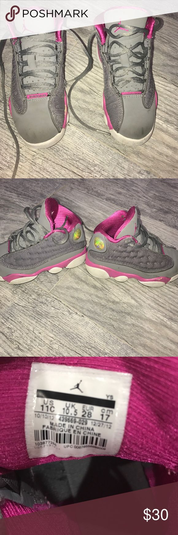 Air Jordan XIII (13) Retro (Preschool) Has some scrapes but other wise in great condition 🎀🎀 Jordan Shoes Sneakers