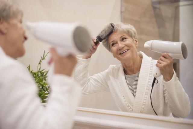 Jak przywrócić włosom młodość?  Wystarczy odrobina chęci i cierpliwości!