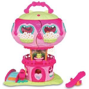Hasbro My Little Pony Ponyville Pinkie Pies House  Welcome to Pinkie Pie s Balloon House playset right in the heart of Ponyville Open up this colourful  http://www.comparestoreprices.co.uk/dolls/hasbro-my-little-pony-ponyville-pinkie-pies-house.asp