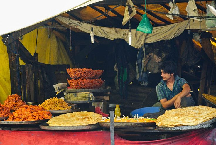 Find out the famous food in different states of India, dishes you need to try, food apps and how to avoid getting sick while eating in India.
