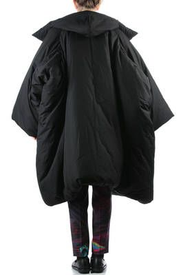 YOHJI YAMAMOTO - Wide Padded Coat In Heavy Padded Cotton :: Ivo Milan
