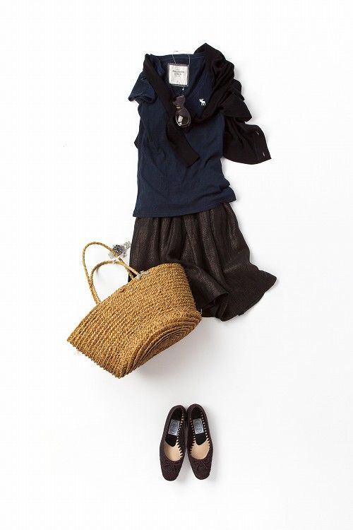 コーディネート詳細(焼いた肌でかっこよく着たい、黒×紺の着こなし)| Kyoko Kikuchi's Closet|菊池京子のクローゼット