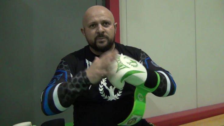 Alexandru Ganci prezinta Manusile Knockout