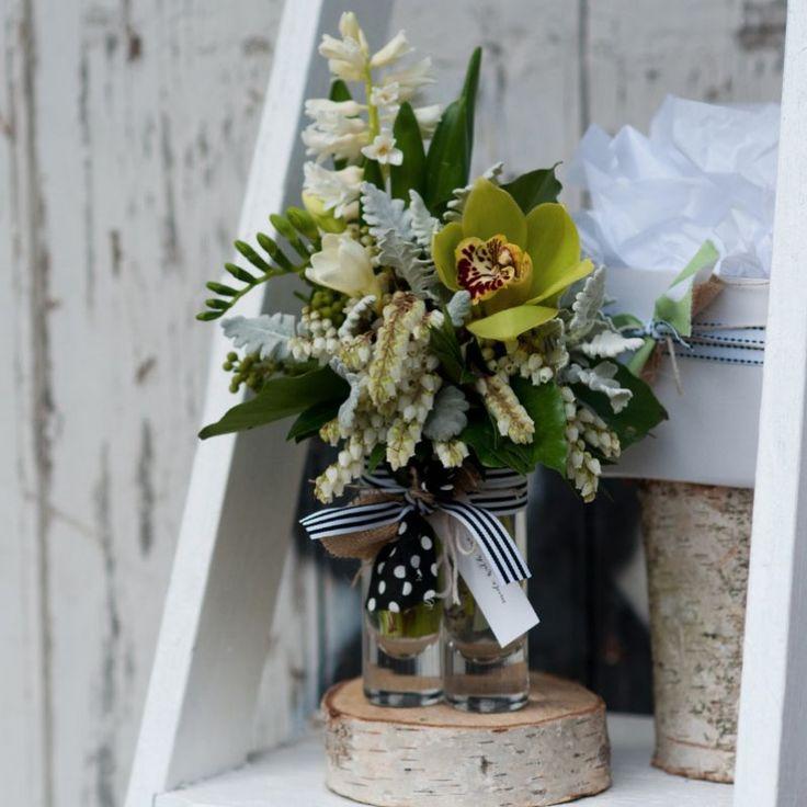 Flowerbowl - Geelong Florist - Boxed Mini Vase