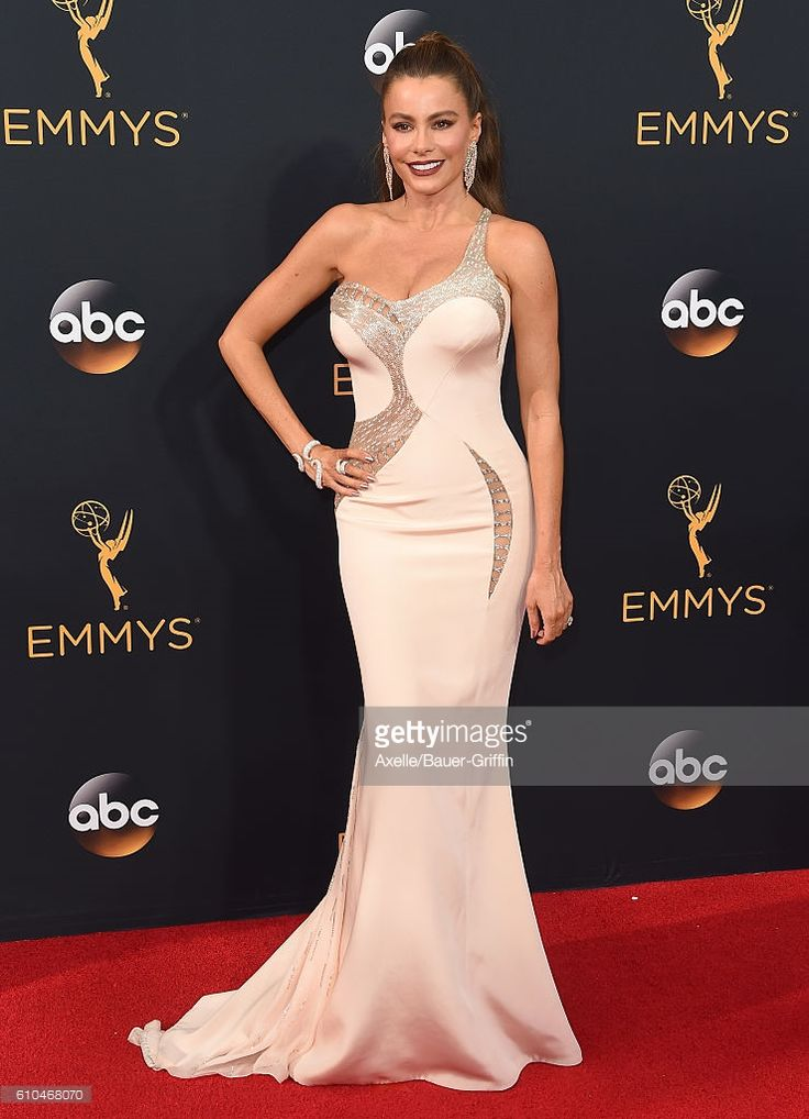 Actress Sofia Vergara arrives at the 68th Annual Primetime Emmy Awards at Microsoft Theater on September 18, 2016 in Los Angeles, California.