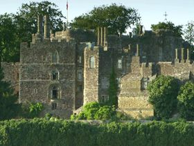 This English castle has hosted Kings and Queens and has been passed down through the family for 850 years.