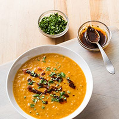 Red Lentil Soup with North African Spices @keyingredient #soup #chicken #bread