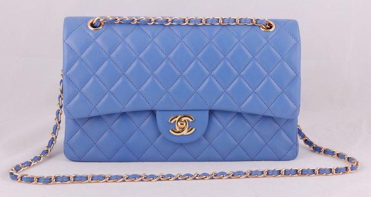 Сумка CHANEL классическая модель из импортной итальянской кожи, точная реплика, голубой цвет. Размер 30х20х8см #19900