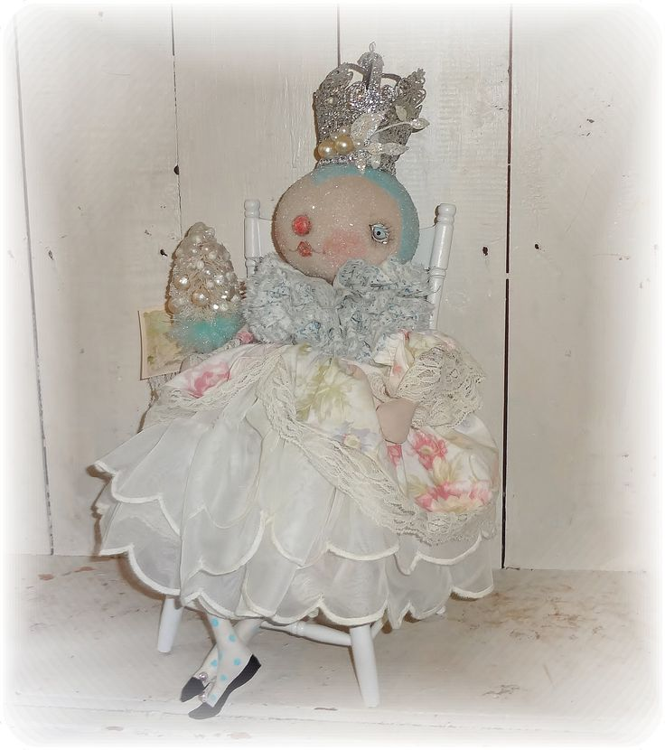 Little Snow Queen   from The Pixie's Thinble