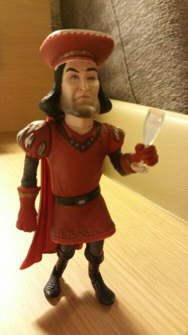 lord farquaad essay Essay on autobiography of a beggar skrek and lord farquaad do not play typical fairy tale roles the ogre, shrek is more like a prince and lord farquaad is more like an ogre the ogre, shrek is more like a prince and lord farquaad is more like an ogre.