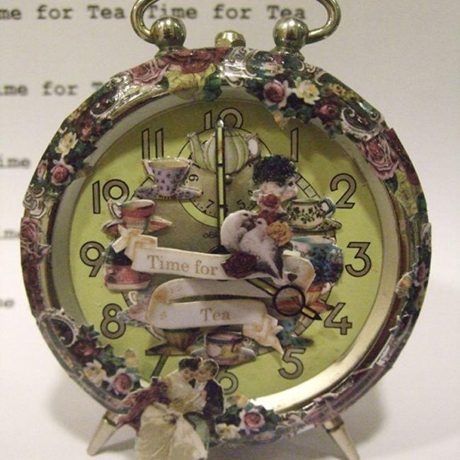 decoupage vintage clock