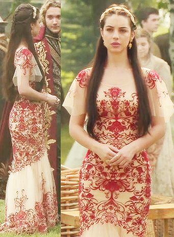 Love this dress / Reign TV Show Fashion Don't know if this will be my wedding dress with a modified train or Maid of honor dress.