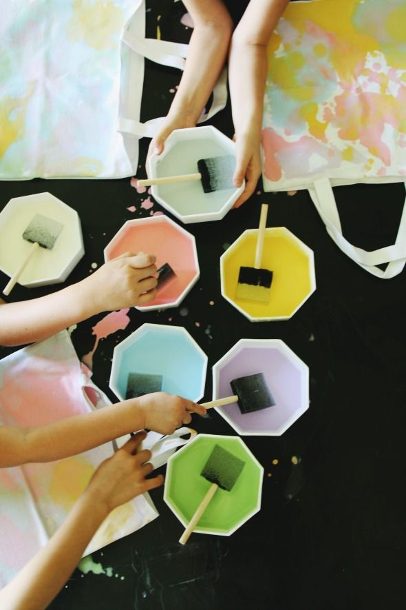 Abstract Watercolor canvas totes-- fun with kids or just for you!  So want to make these!