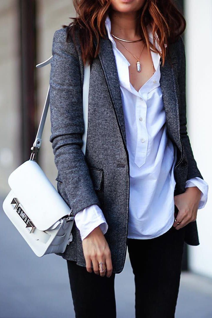Love the look of a gray blazer over a white shirt with black slacks. Perfect workwear outfit idea. Simple and classic.