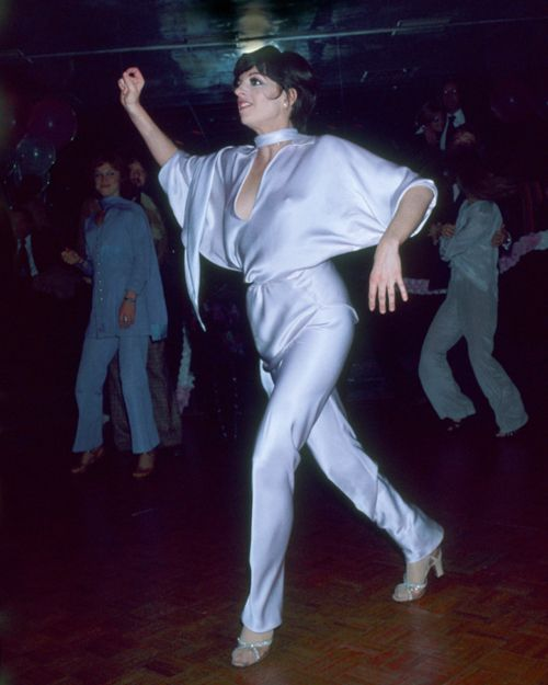 Liza Minnelli dancing at Lorna Luft's 25th birthday celebration at New York