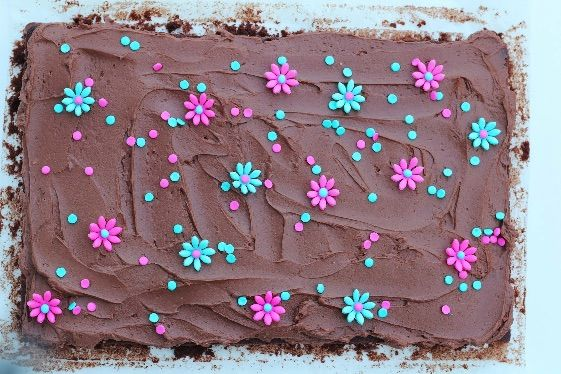 Chocolate cake with chocolate creme cheese frosting