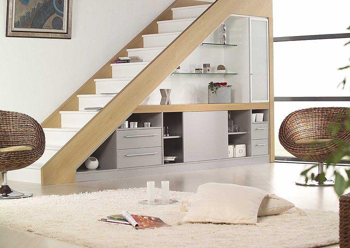 espace rangement sous escalier