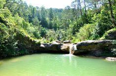 """La Ruta de las siete cascadas (La Ruta dels set Gorgs), es el nombre por el que se conoce popularmente al """"Itinerari dels Gorgs de la Cabana"""", una ruta que"""