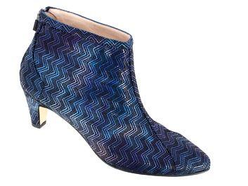 Chaussure SAGONE pour Femme modèle 40040 - 40097 de taille 44-45