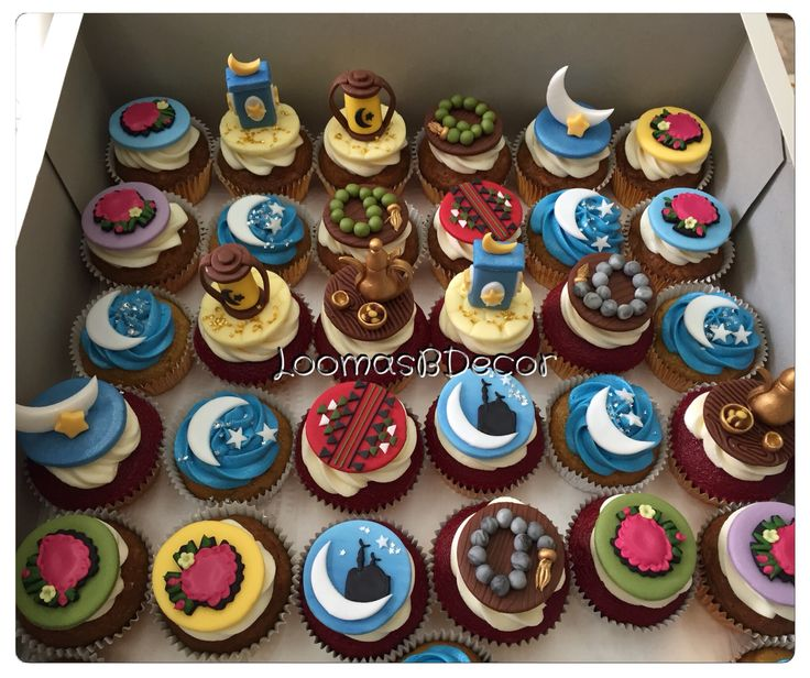 19 best images about Ramadan Cakes/Cupcakes on Pinterest ...
