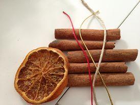 Cosa uscirà da questi ingredienti messi insieme??? Lo scoprirete fra qualche giorno... ;)