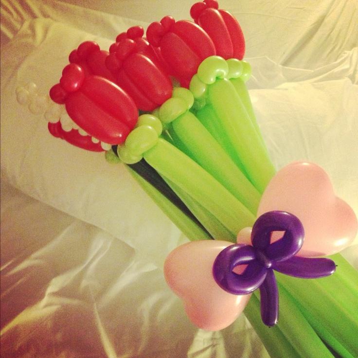 a dozen roses, balloons, balloon animals, balloon art, balloon twister, balloon sculpture, kids parties, entertainer, events, follow me, archie cobblepot