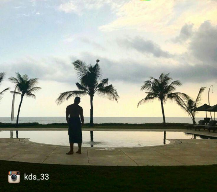 In heaven   Bali 🌴🌴🌴🌴🌴. 📷@kds_33  buff.ly/2gmpVT9  #geriabali #seminyak #beautifuldestinations #destinosmaravilhososbyeli #Instagram #luxuryworldtraveler #travellerworld #worldspotz #thegoldlist #balivilla  #balibible #holiday #honeymoon #theluxurylifestylemagazine #tbt #thosesummerdays__ #ootd  #seminyakvilla #luxurypersian #luxury #bossresorts #luxwt #wonderland #vacation #worldtravelmart #villainbali #beachfront #visitindonesia #luxuryvilla #travelgram