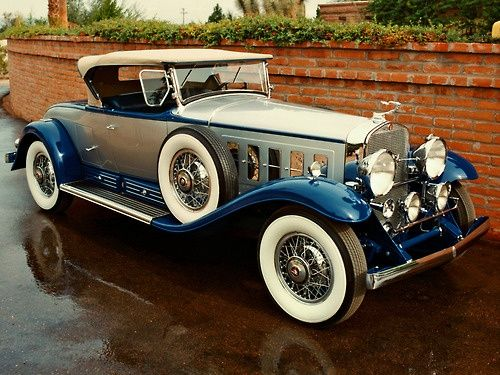Visit The MACHINE Shop Café... ❤ Best of Classic @ MACHINE ❤ (The 1930 Cadillac V16 Roadster)