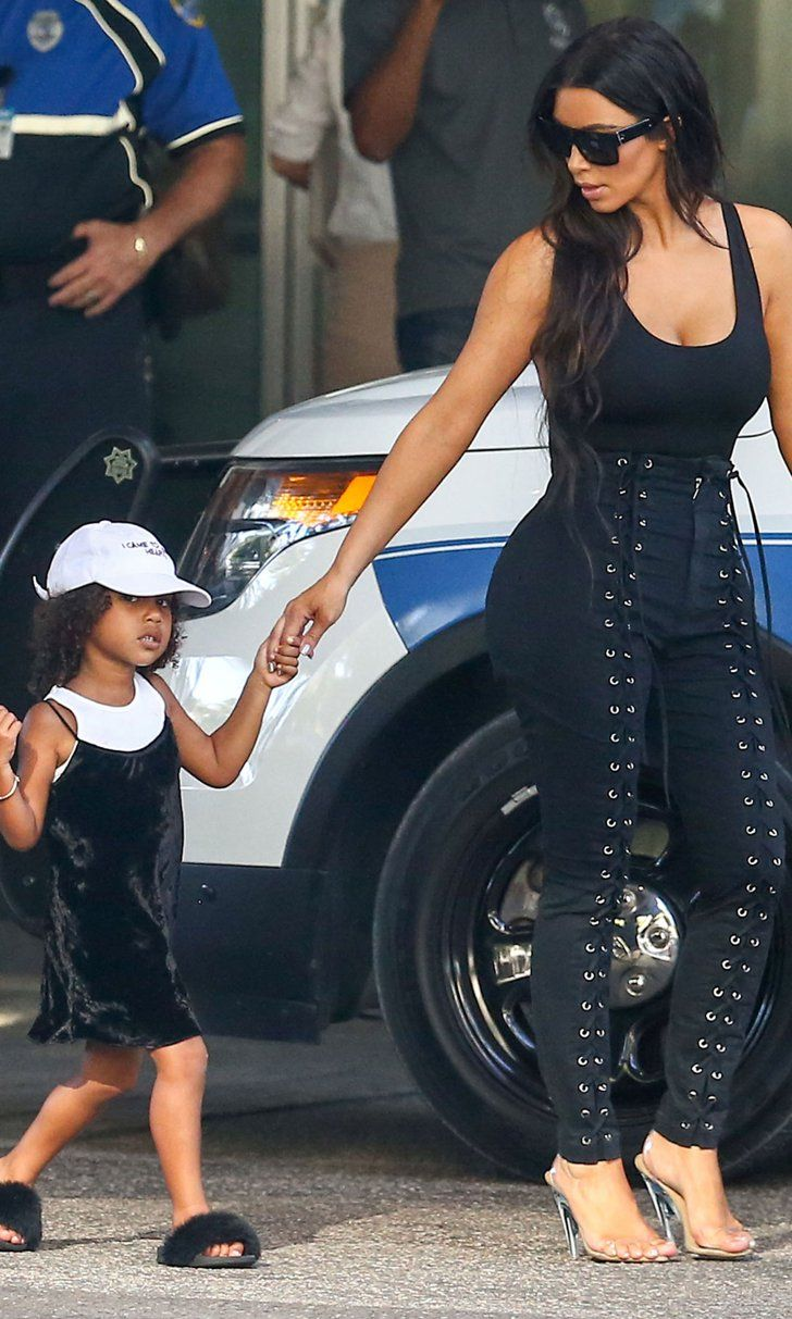 North West Hits Paparazzi With Her Signature Side-Eye While Out With Kim Kardash…