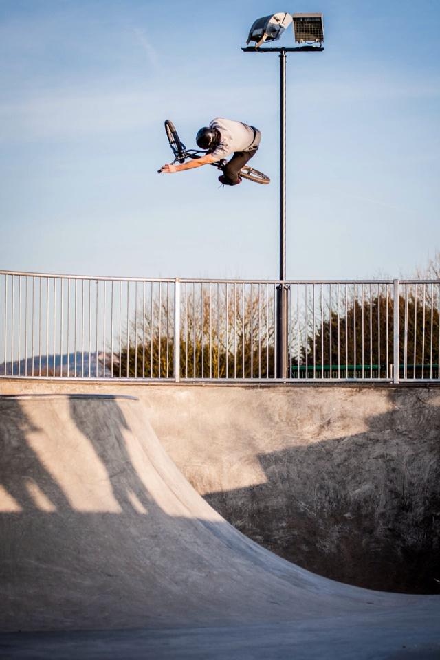 @gloskris snap from churchdown skate park