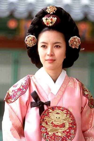 Ladies of the Palace  (Hangul: 여인천하) is a 2001 South Korean historical television series starring Jeon In-hwa and Kang Soo-yeon.  It aired on KBS2 for 150 episodes. Chung Nanjeong  was a Korean politician and philosopher. She was a concubine and became the 2nd wife of Yun Won-hyung, Prime minister and 13th King Myeongjong's uncle. 인종비 인성왕후 신은정