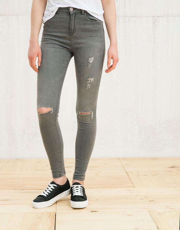 Bershka France - Pantalon BSK taille haute avec déchirures