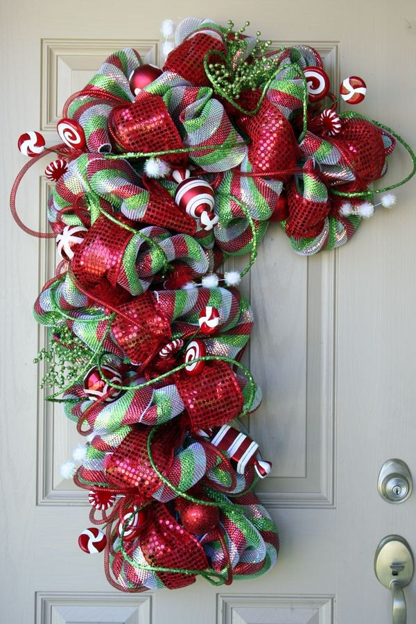 Deco mesh christmas candy cane wreath with quot candy quot accents christmas