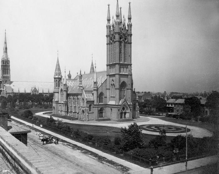 Metropolitan Methodist (United) CHURCH, Queen St. E., n. side, between Bond & Church Sts.