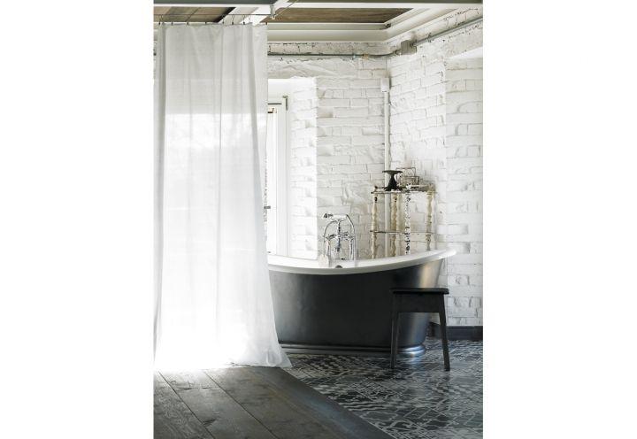 Oltre 25 fantastiche idee su bordo vasca da bagno su - Vasca da bagno in cemento ...