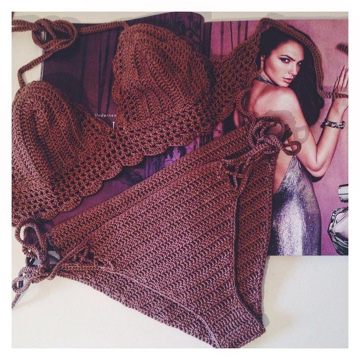 "предвкушаю увидеть не один десяток красавиц на пляжах этим летом в моих кружевных вязанных творениях  этот ""молочный шоколад"" готов для заказа WhatsApp/Viber 89251500960  #highneckbikinitop #bikini2016 #summertop #highnecktop #knitting #knittop #вязаныйтоп #вязаныйкупальник #summerbikini #bikiniseason #trendy #лето #crochetbikini #crochet #summerwear #beachwear #instacrochet #crochettop #кроптоп #купальниккрючком #топкрючком #вязанныйтоп #crocheting #вязаниекрючком #vukolovadesign #отдых…"