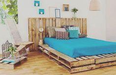 Çam yada meşe ağacından palet tasarımlı dekoratif yatak başlığı ve karyola..! Sipariş için Dm  #palet #wood #tasarim #interior #mobilya #life #karyola #yatakbasligi #ahşap #design #work #furniture #export #uae #azerbaijan #dubai #arabic #ağaç #çamağacı #meşeağacı
