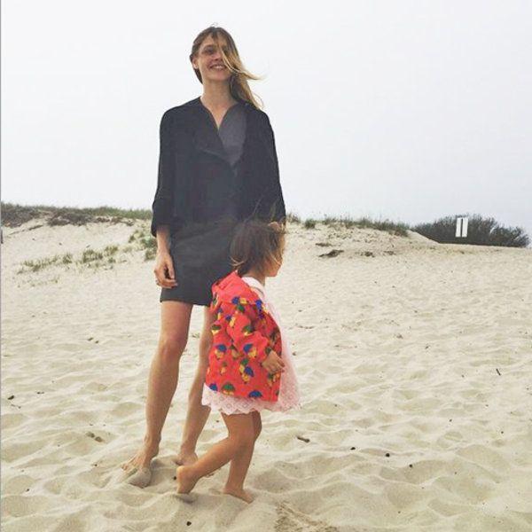 モデル親子のビーチスタイルは?