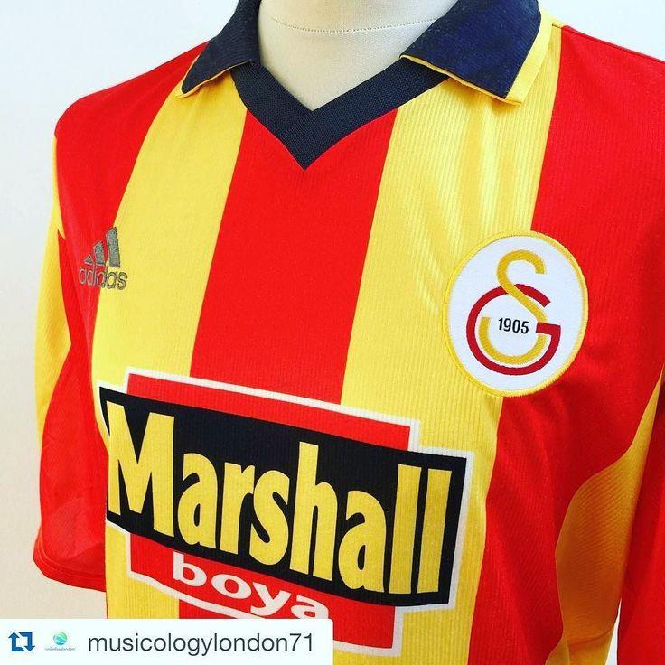 #Repost 1999/2000 Galatasaray Home Football Shirt Large from @musicologylondon71  #soccer #football #footballshirt #footballshirts #vintagefootballshirts #galatasaray #turkishfootball #footballshirtcollective