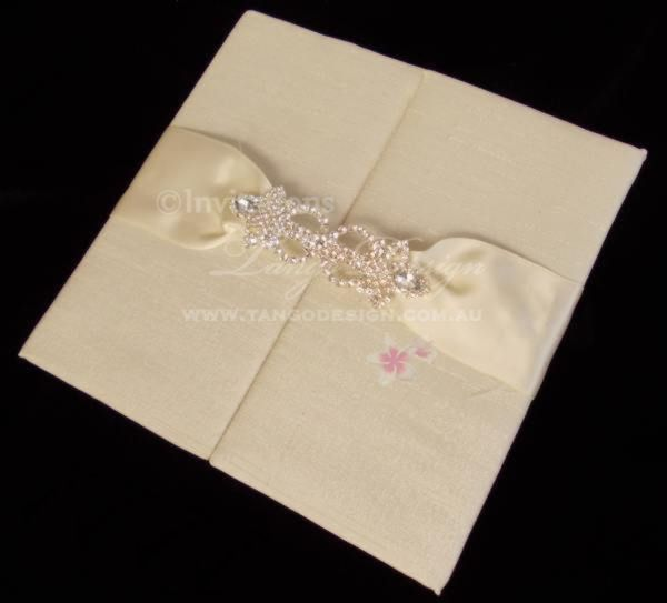 Quality wedding invitations at an affordable price