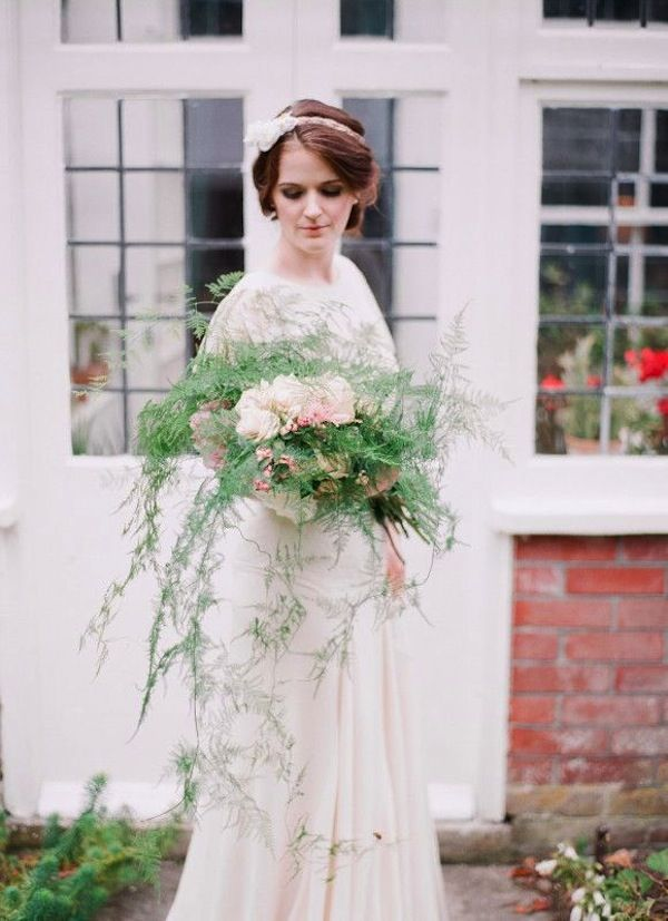 light and airy cascading bouquet