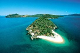 Middle stage - beach starts appearing    whitsunday islands australia - Google Search