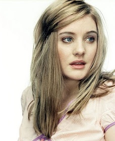 Romola Garai. An amazing British actress and a beautiful woman!