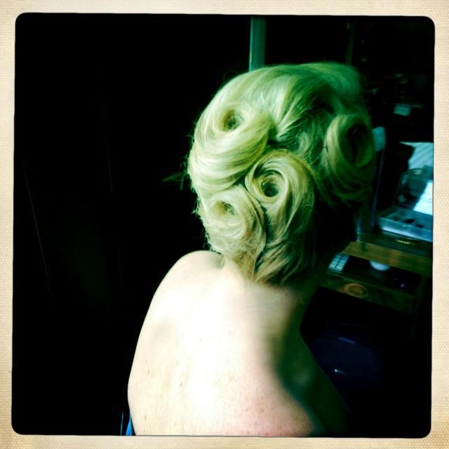 Victory roll up do